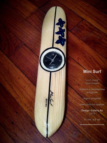 """orologio design muro  Design gallery ac 2012 - 2013  """"surf clock"""" - blue flower  designer Mini Surf  finitura lavorazione artigianale Italiana"""