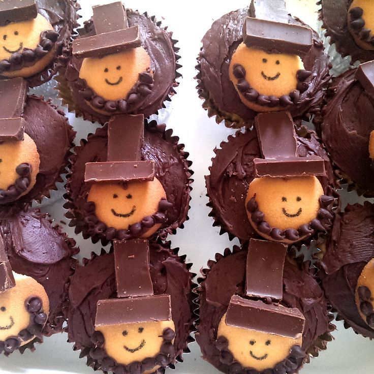 Abraham Lincoln cupcakes made to celebrate Abraham Lincoln's 205th birthday