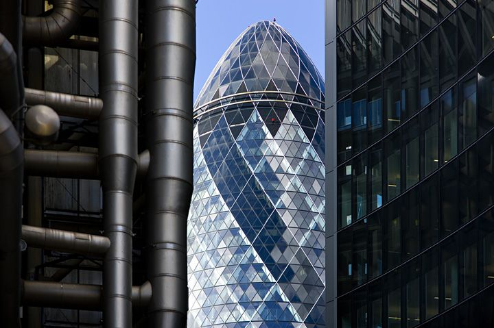"""Lord Norman Foster's tower — """"The Gherkin"""" — in London directs the flow of winds from street level and open windows along its spiral body, funneling it through the offices naturally, reducing the need for energy-sucking air conditioning by almost half. Biomimicry in architecture - based on Venus' Flower Basket sea sponge..."""