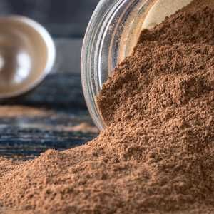 DIY Protein Powder Is Really Easy | Plus, no weird chemicals.