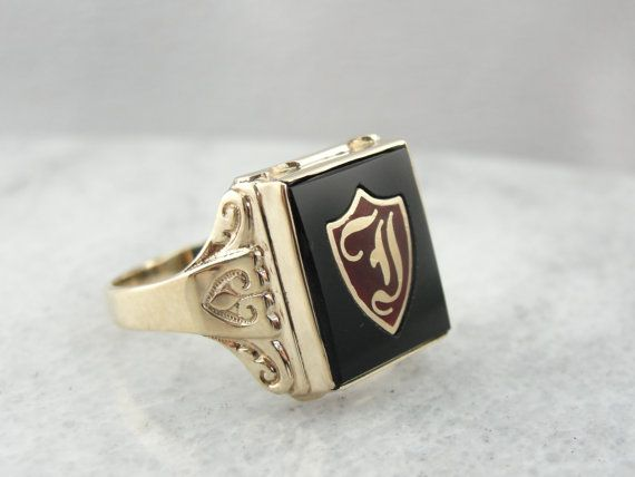 Hey, I found this really awesome Etsy listing at https://www.etsy.com/listing/202045300/vintage-kinsley-sons-mens-onyx-ring-with