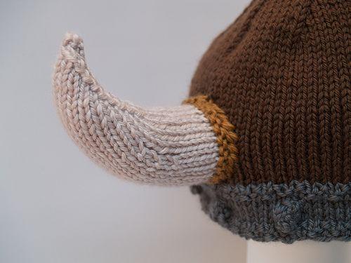 pattern modification on the horns Knit Pinterest Horns, Vikings and Vik...