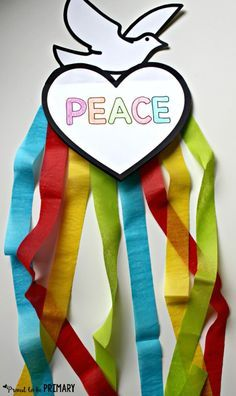 FREE dove peace foldable writing craft by Proud to be Primary for Remembrance Day, Veteran's Day, MLK Day, International Peace Day.