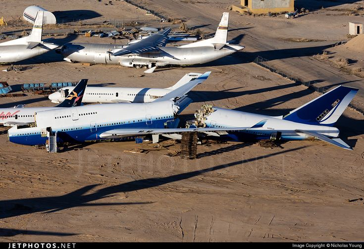 Photo of N198UA Boeing 747-422 by Nicholas Young