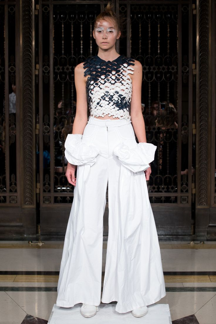Roberts-Wood - Spring/Summer 2016 Ready-To-Wear - LFW (Vogue.co.uk)