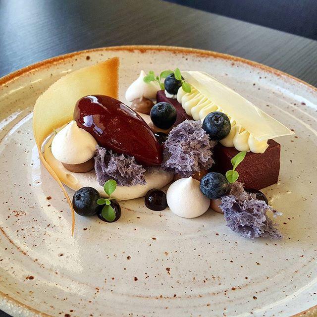 Blueberry and Cardamom @sarahschembri_ceramics #pastry #patisserie #pastrychef #dessert #dessertmasters
