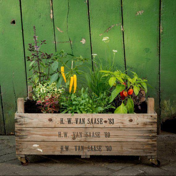 Elevated Planter Handmade Unique Upcycling Raised Garden Bed Vintage Rustic 75 X 51 X 37 5 Centimetres In Size Hochbeet Gartenregal Und Erhohte Gartenbeete