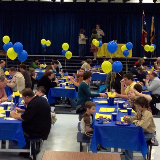 Blue And Gold Banquet Centerpieces Purpleechodigitalmediacouk