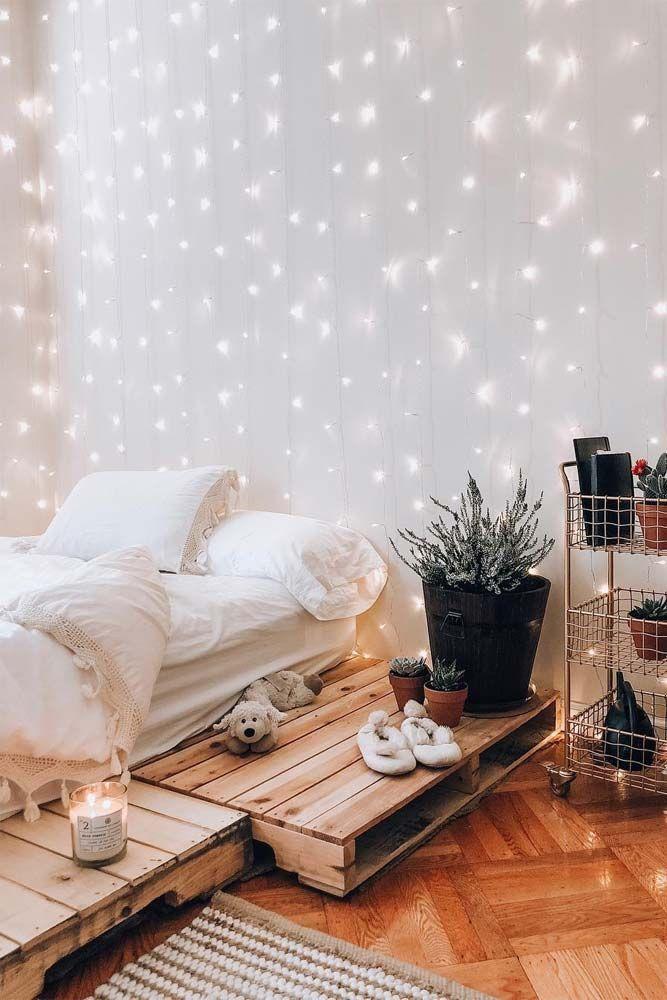 groß 21 Kuschelige Deko-Ideen mit Lichterketten im Schlafzimmer