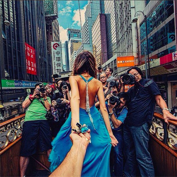 【緊急速報!】★続編★世界の旅先で撮影した美しい彼女に手を引かれる写真達と二人に起きた超Happyな出来事★