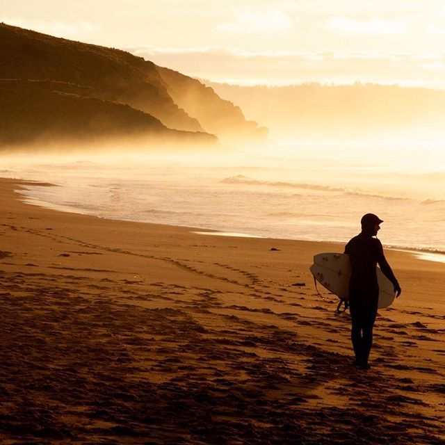 Sunrise and perfect conditions for surfing at South Arm via http://buff.ly/1HGc028?utm_content=buffer88bda&utm_medium=social&utm_source=pinterest.com&utm_campaign=buffer