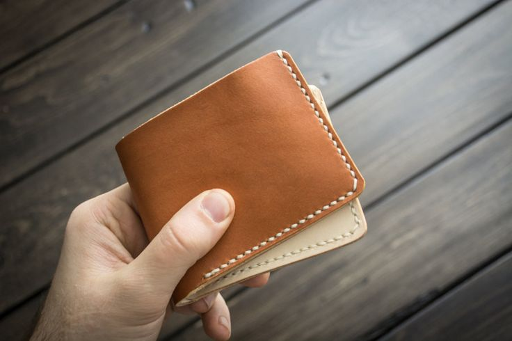 Naked Pilsner 6 Card Traditional Leather Wallet
