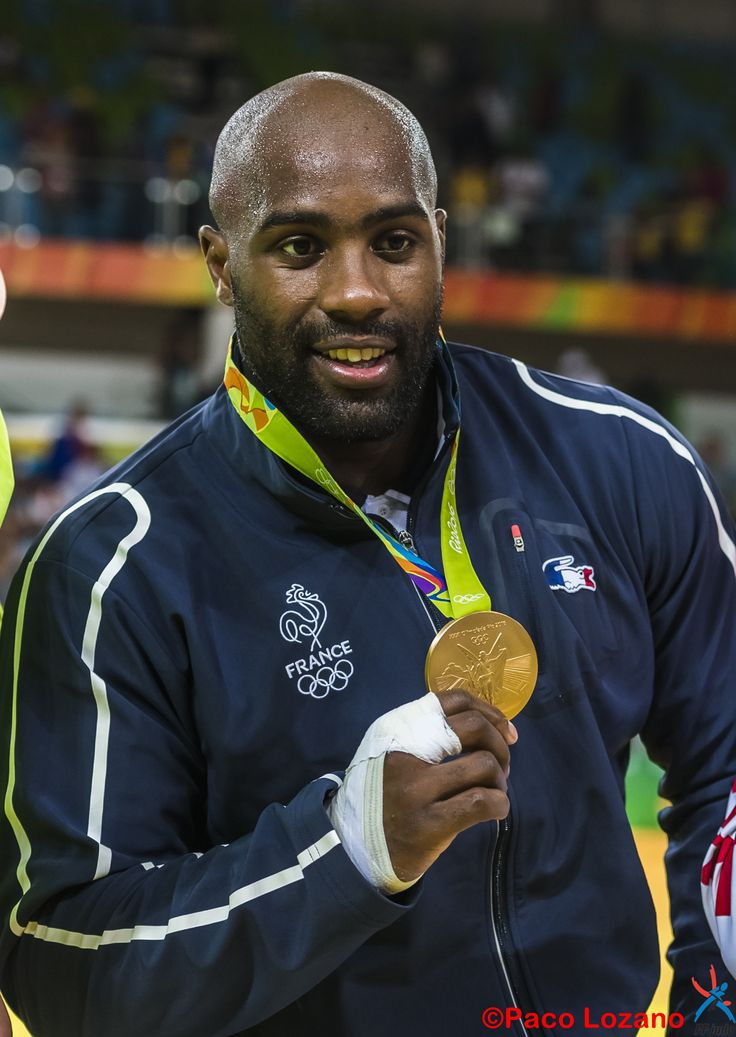 Teddy Riner champion olympique de judo (+ 100 kg)  aux Jeux Olympiques Rio 2016