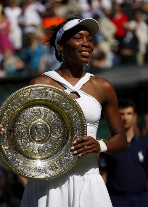 The only 3 African American women to win Grand Slam singles titles and the only ones to have held the number 1 ranking.    Althea Gibson (French Open '56; Wimbledon '57 & '58; US Open '57 & '58)    Venus Williams (US Open '00 & '01; Wimbledon '00, '01, '05, '07, '08)    Serena Williams (US Open '99, '02, '08, '12; Australian Open '03, '05, '07, '09, '10; French Open '02; Wimbledon '02, '03, '09, '10, '12)