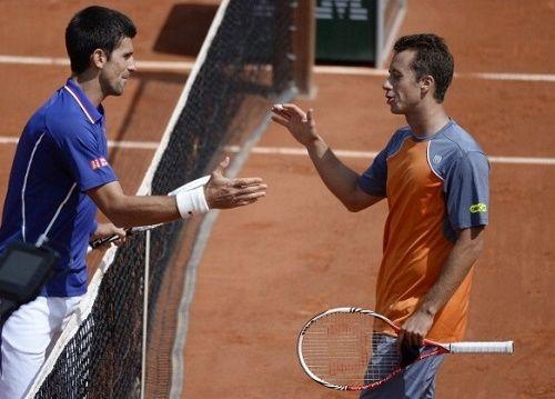 Watch Novak Djokovic vs Philipp Kohlschreiber Wimbledon 2015 live telecast and streaming on 29 June. Get Djokovic v Kohlschreiber preview, live score info here.
