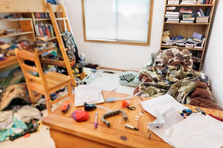 How a Messy Bedroom Can Affect Your Weight http://thefuriousengineer.com/messy-bedroom-can-affect-weight/?utm_campaign=coschedule&utm_source=pinterest&utm_medium=The%20Furious%20Engineer&utm_content=How%20a%20Messy%20Bedroom%20Can%20Affect%20Your%20Weight #sleep #weightloss
