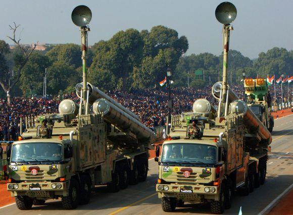 MBT Arjun Tank  https://www.facebook.com/photo.php?fbid=318033274983905