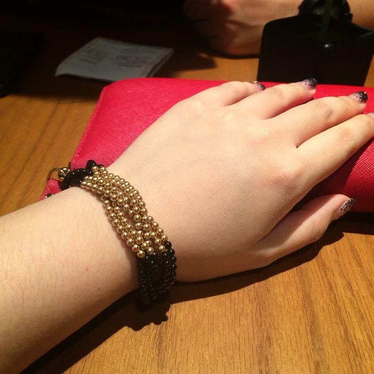 Black & gold pearl bracelet