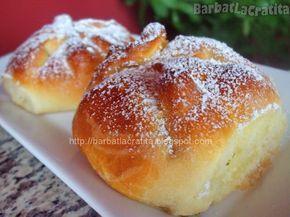 Ingrediente reteta Placinte cu branza Poale-n brau :  500 g branza dulce  aproximativ 700 g faina  4 oua  200 g zahar  o cana apa (250 ml)  ...