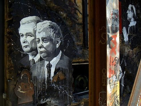 Szlachecka anarchia połączona z kulturą klientelizmu i folwarku wraca w Polsce PiS, z mocą większą niż kiedykolwiek po 1989 roku.