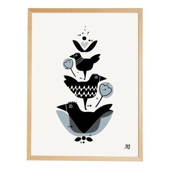 Et voilà l'affiche Three Birds de going Danish  On Aime beaucoup ce joli graphisme Scandinave Tendre et Délicat  Et bien sûr on imagine déjà une Magnifique Déco murale... avec plein de Belles Affiches !