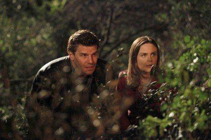 "Still of David Boreanaz and Emily Deschanel in Bones   Season 5   ""The Witch in the Wardrobe"""