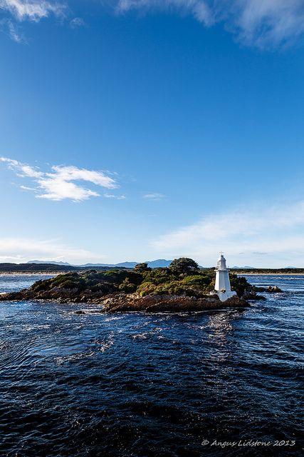 Hells Gate lighthouse |- Angus Corpus Rex - Flickr - Photo Sharing!