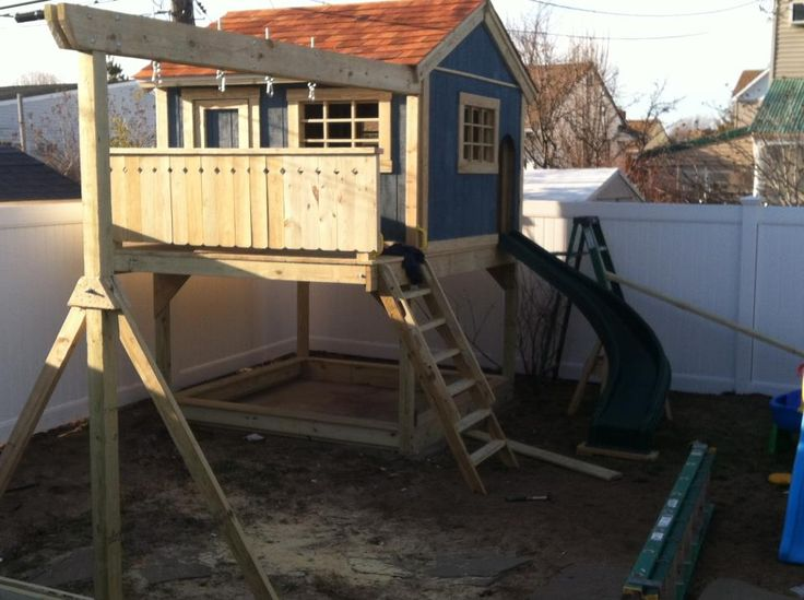 17 best ideas about playhouse plans on pinterest diy playhouse kids clubhouse and wooden swing set plans - Playhouse Designs And Ideas