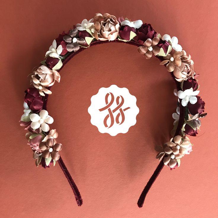 Schmaler Blumen-Haarreif in Weinrot, Rosé und Crème