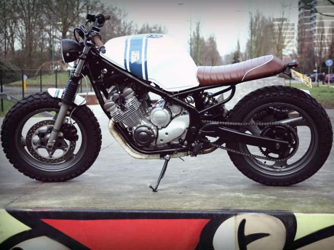 CAFE RACER NR 05 This cafe racer is build from a Yamaha XJ600 Diversion. Read all about the build. HOW IT ALL STARTED Ardi, a friend of the company, bought a bright yellow Yamaha XJ600 Diversion… A bike that is not normally