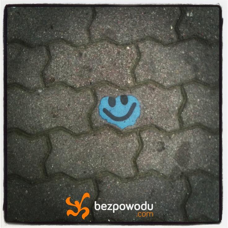 Keep your head down.   BezPowodu.com  