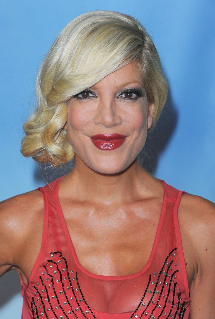 17 Best images about ♥ Tori Spelling ♥ on Pinterest