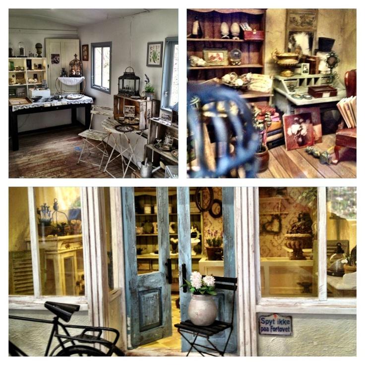 World Smallest Miniature shop