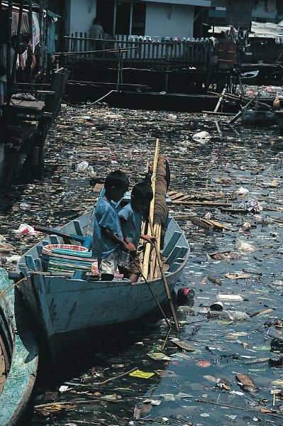 Obvious water pollution threatens & damages marine life & people who live on waterways.