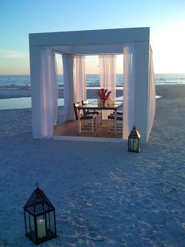 Beautiful: At The Beaches, Dreams Places, Beaches House, Romantic Dinners, Romantic Places, Dreams Wedding, Beaches Patio, Outdoor Spaces, Beaches Wedding