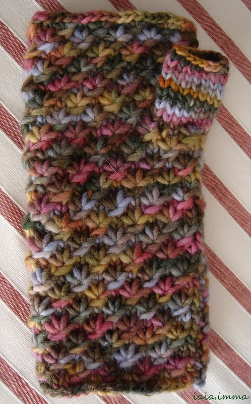Ravelry: Mitones Punt d'Estels. by Imma Ripoll