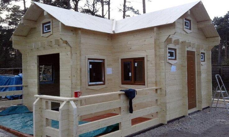 Firma Marek Domagalski DOMY DREWNIANE buduje wysokiej jakości domy całoroczne i domki letniskowe z bali. Sprawdź nasze domy drewniane w super cenach.