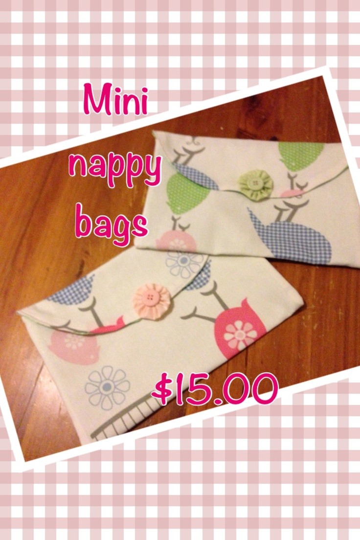 Mini nappy bag , fits a few nappies and wipes ❤