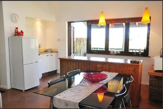Self catering apartments, Clovelly, Cape Town  An apartment kitchen  http://www.capepointroute.co.za/moreinfoAccommodation.php?aID=261