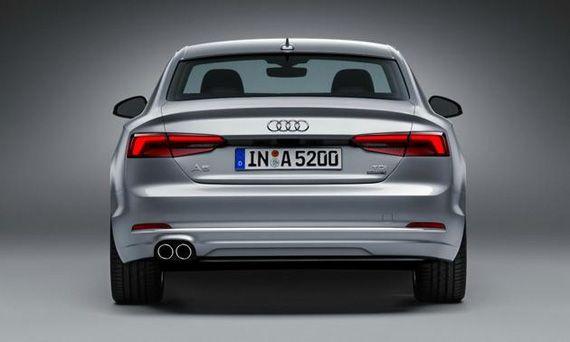 Купе Audi A5 2016 / Ауди А5 2016 – вид сзади