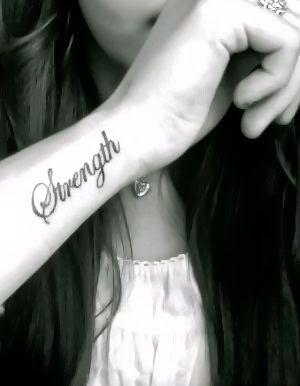 Cute Small Wrist Tattoos For Girls #tattoo #girls #wrist