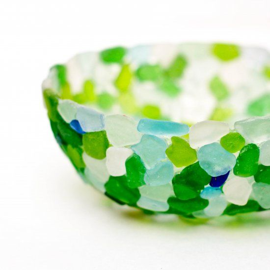 Make this easy sea glass bowl with glue and plastic sandwich wrap. Fun video tutorial!