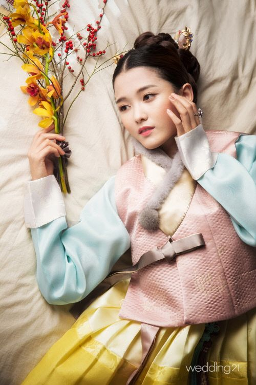 Nam Bora Poses in Hanbok for Monthly Wedding 21 Magazine | Koogle TV