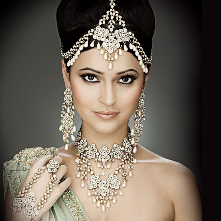 beauty looking people | Matha Patti – A Bridal Ornament | Fashion Central Blog