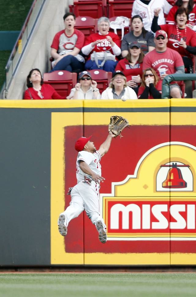 Video: Ben Revere Makes Ridiculously Awesome Diving Catch