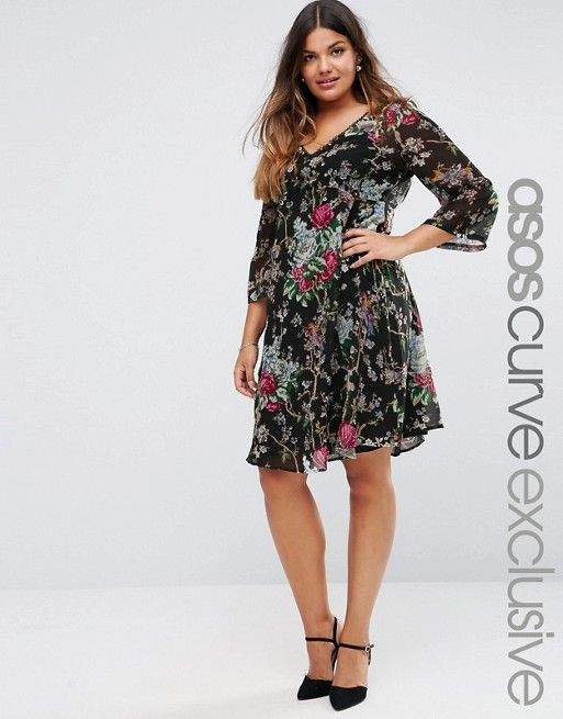CURVE Swing Dress in Dark Floral with Lace Trim & Floaty Sleeve