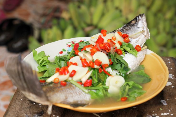 9 Massively Tasty Thai Fish Dishes - http://theplanetd.com/9-massively-tasty-thai-fish-dishes/