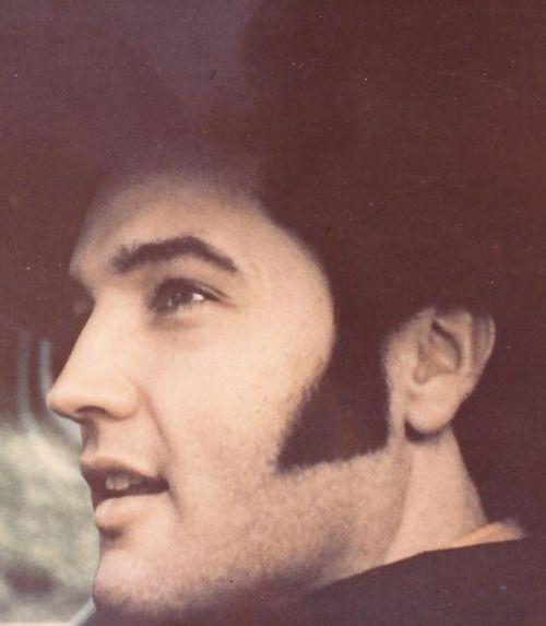 {*Elvis Beautiful*}