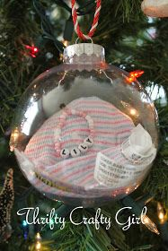 Ima softey for sentimental things.love this idea personalise the christmas tree.