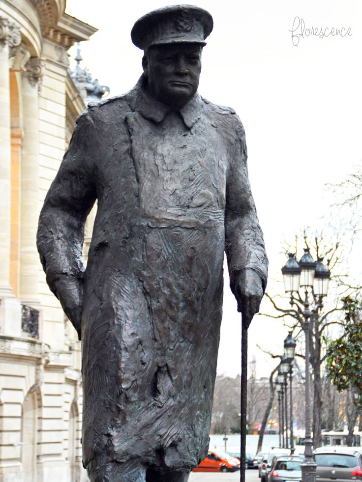 Statue of Winston Churchill.  In the gardens of The Champs Elysee's, next to the Grand Palais at 1 Avenue General Eisenhower, one block from the Seine in the 8th arrondissement, Paris, France (c) Floresence